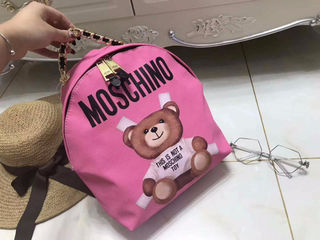Moschino美品リュック