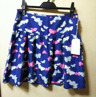 PAUL&JOE新品タグ付シルク製の蝶柄スカート38