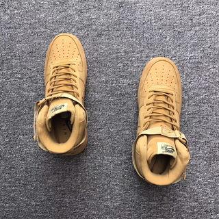 人気 Nikeスニーカー 国内発送
