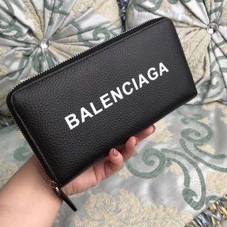 国内発送。人気激増バレンシアガー 財布