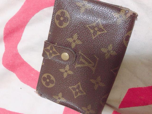 本物ルイヴィトン財布