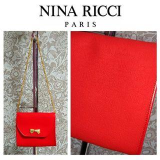 新品 ニナリッチ 赤リボン刺繍ゴールドチェーンバッグ 総柄