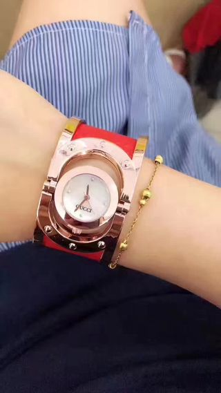 人気新品 Gucci ウォッチ シャレな腕時計