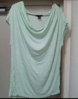 H&M Tシャツ