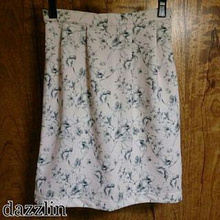 dazzlin*膨れジャカードスカート