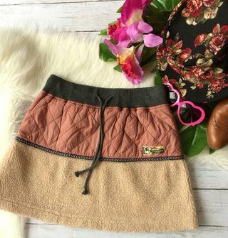 美品!チチカカナイロンキルティング×ボア刺繍ミニスカート