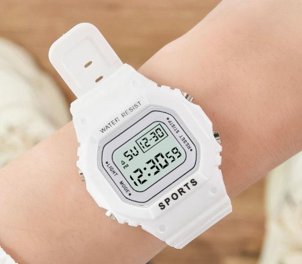 新品 送料無料 レディース メンズ 腕時計 デジタル 白 - フリマアプリ&サイトShoppies[ショッピーズ]