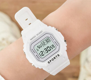 新品 送料無料 レディース メンズ 腕時計 デジタル 白