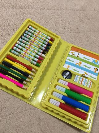 新品、クレヨン、色鉛筆、サインペン セット