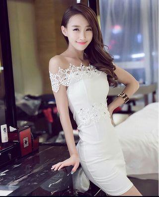 ホワイトレースタイトドレスキャバドレス