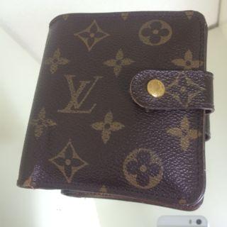 ルイヴィトン LOUIS VUITTON 二つ折り財布