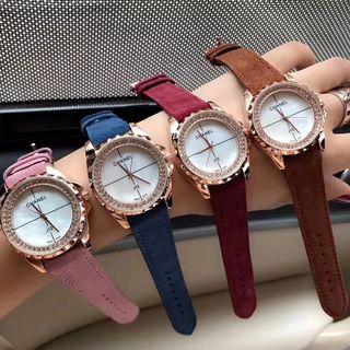 国内発送  CHANEL  シャレな腕時計 腕時計