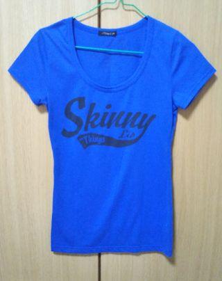 SkinnyLip Tシャツ
