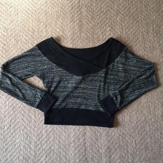 ギャル系 ショート丈ニットセーター
