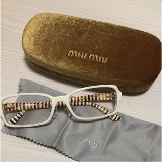 美品miumiu 白ブチ眼鏡 アイウェア ストライプ