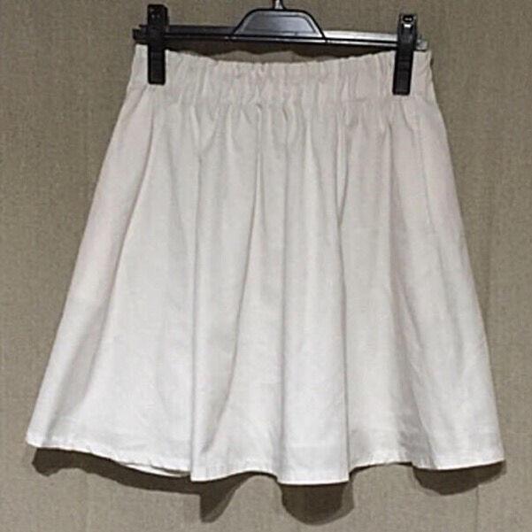 新品LOWRYS FARM  ホワイトスカート(LOWRYS FARM(ローリーズファーム) ) - フリマアプリ&サイトShoppies[ショッピーズ]