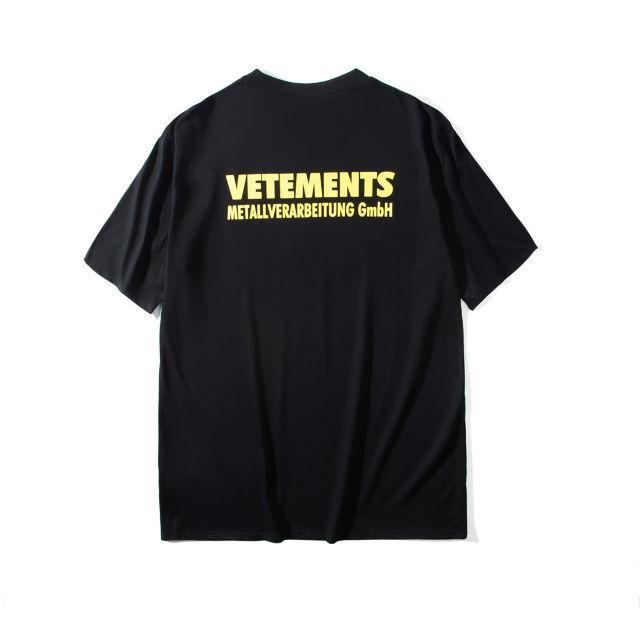 VETEMENTS Tシャツ BACK LOGO PRINT - フリマアプリ&サイトShoppies[ショッピーズ]