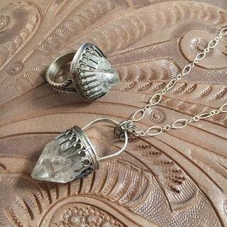Apopyilitte Necklace+RingSet