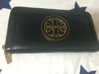 トリーバーチ長財布