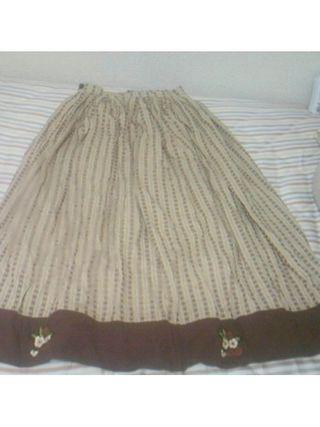 USED 苺刺繍スカート