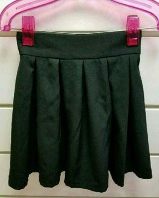 新品 Emsexcite 黒スカート ウエストゴム M