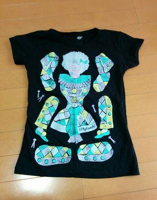 55ディーゼルの個性派Tシャツ
