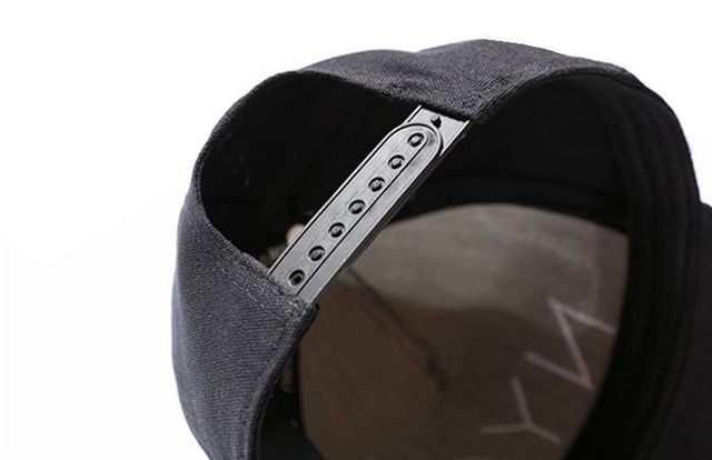 ブラック× 白字 NYCキャップ韓国ファッション