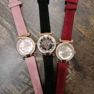 大美品 ベルサーチ ウォッチ シャレな腕時計