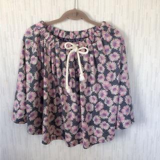花柄スカート