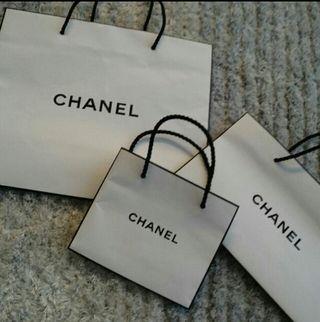 CHANEの袋