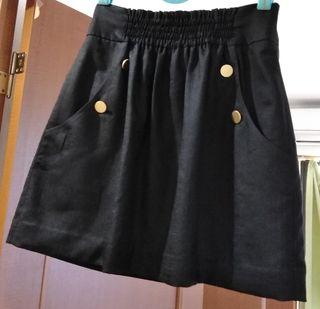 アトリエの上品スカート