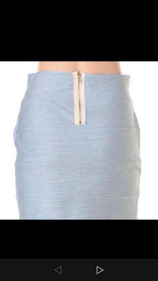 DaTuRaのタイトスカート