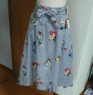 【新品】ストライプ&花柄スカート