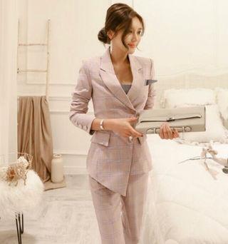ビジネスフォーマルレディーススーツ