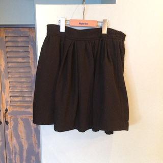 BEAMS スカート