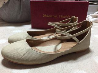 オリエンタルトラフィック 靴