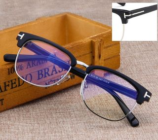 新品セレブも愛用トムフォード風T字メタルロゴ伊達眼鏡