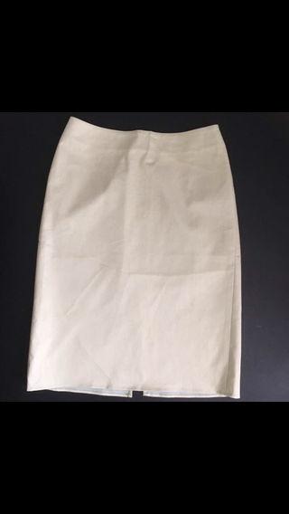 プロポーション膝丈ライトグリーンスカート