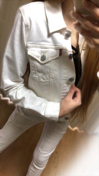 着画3枚ホワイトデニムジャケット
