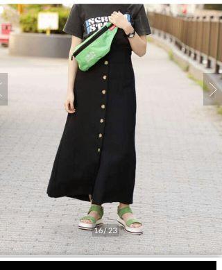 ローズバッド フトントボタンスカート サイズS,ブラック