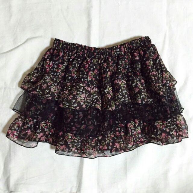 秋色  小花柄スカート - フリマアプリ&サイトShoppies[ショッピーズ]