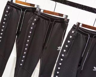 Adidas人気新作 柔らかい触感 透気性良い