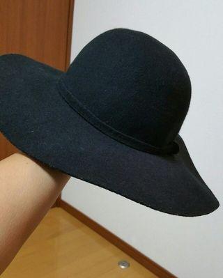 売れました!ウール女優帽