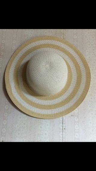 ピンキー&ダイアン帽子