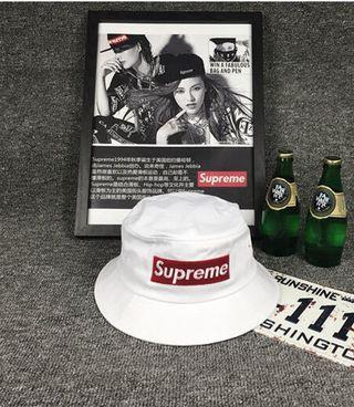 【国内発送】年夏 SUPREME 男女兼用丸太の鉢帽