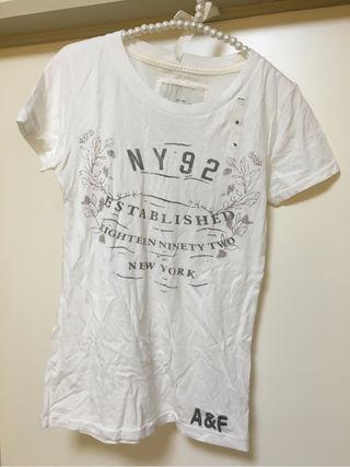 未使用!アバクロ レディース Tシャツ