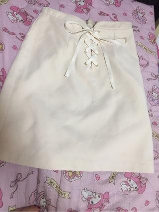 編み上げタイトスカート