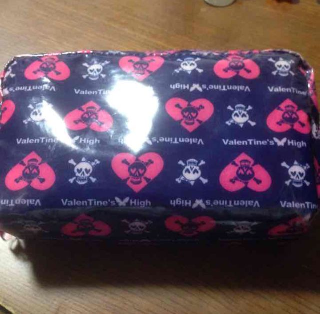 ValenTine's High ポーチ(Valentine's High(バレンタインハイ) ) - フリマアプリ&サイトShoppies[ショッピーズ]