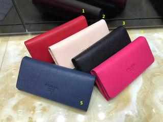 大人気品 Prada 長財布 プラダpx05 選べるカラー