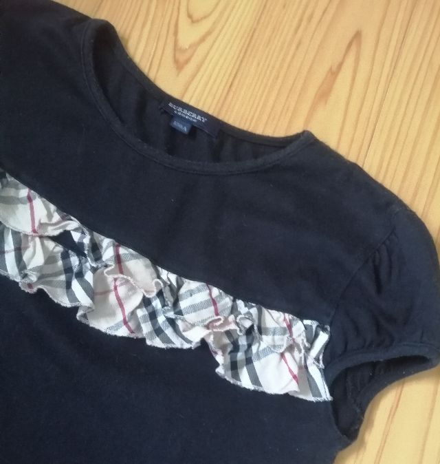 BUBRBERRYhorse刺繍チェックフリルパフスリーブ(BURBERRY(バーバリー) ) - フリマアプリ&サイトShoppies[ショッピーズ]